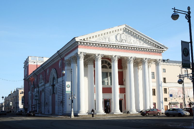 двор (Тверской драмтеатр).